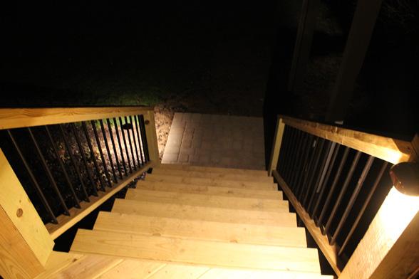 deck-lighting-midwest-lightscapes-landscape-lighting-home-outdoor-lighting-services-1