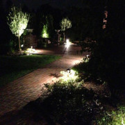 midwest-lightscapes-path-lighting-brick-paving-walkway