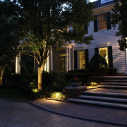 midwest-lightscapes-path-lighting-entryway