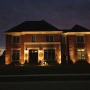 outdoor-lighting-midwest-lightscapes-landscape-lighting-home-outdoor-lighting-services--brick-home