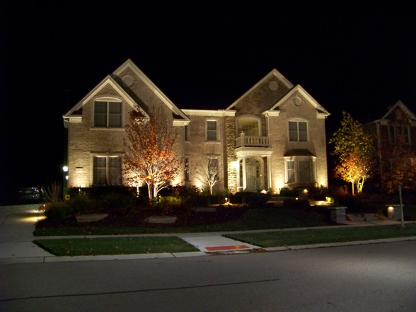 Home outdoor lighting midwest lightscapes outdoor landscape home outdoor lighting workwithnaturefo