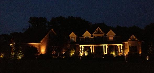 outdoor-lighting-midwest-lightscapes-landscape-lighting-home-outdoor-lighting-services-night-lights