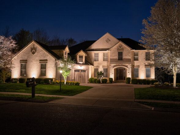 stone home outdoor lighting